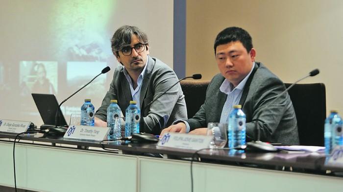 La cirugía gallega de cáncer de pulmón conquista China. (La Voz de Galicia)